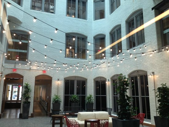 Residence Inn Boston Downtown/Seaport : atrium