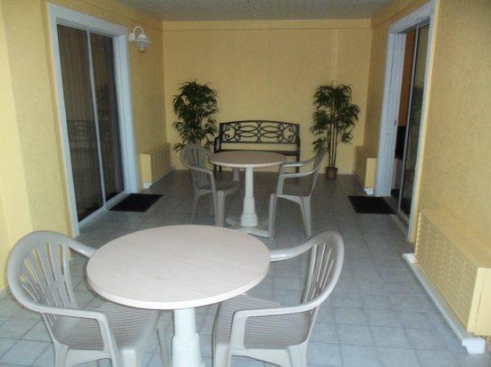 St Augustine Island Inn: Baloncy
