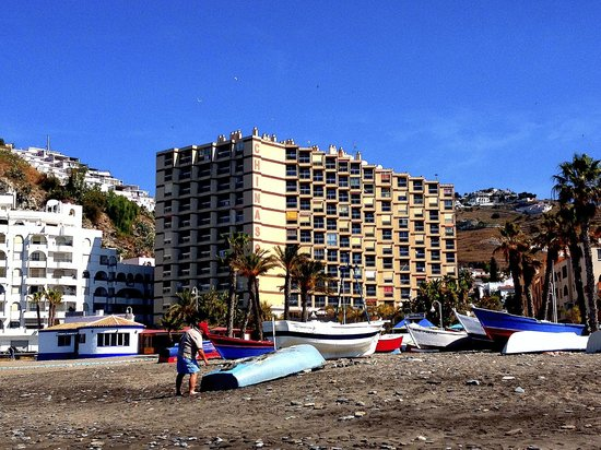 Apal Chinasol: view from beach to apartment