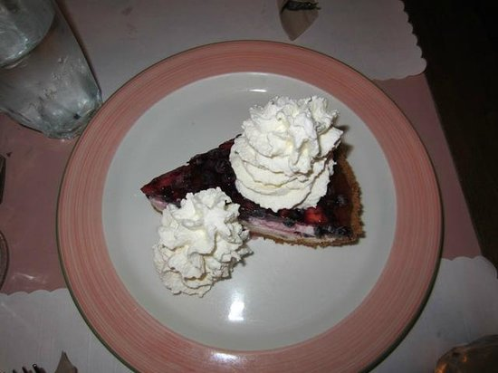 Le Cafe Krieghoff: Blueberry pie