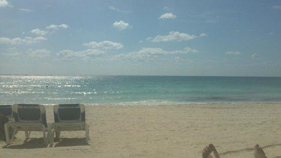 Barcelo Maya Colonial : more beautiful beach