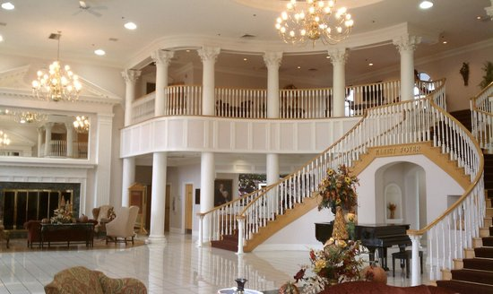 Cumberland Inn and Museum: Lobby