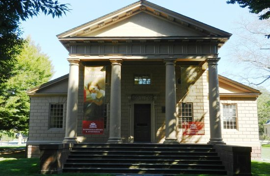 Redwood Library & Athenaeum: main library