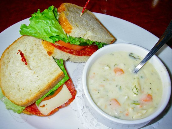 Sockeye City Grill Seafood Restaurant: Chowder and sandwich lunch special