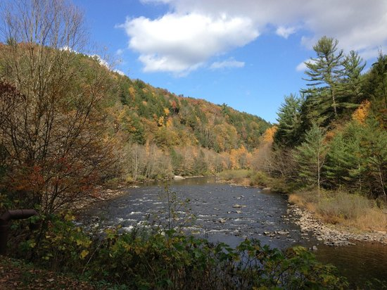 Pocono Whitewater: Lehigh Gorge Rail Trail view