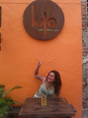 Lulo: Celebrando Mi Cumpleaños! :)