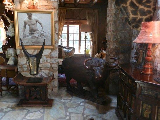 The Farm Inn: lounge area
