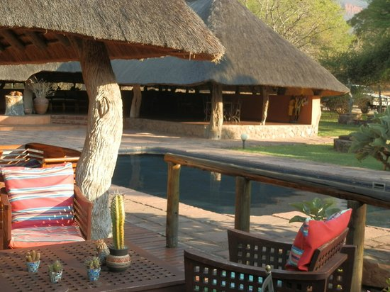Blyde River Canyon Lodge: pool area