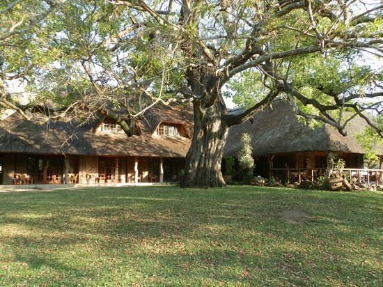 Blyde River Canyon Lodge : view from grounds