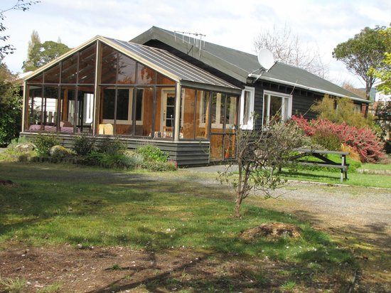 Te Anau Holiday Houses: Sunshine House