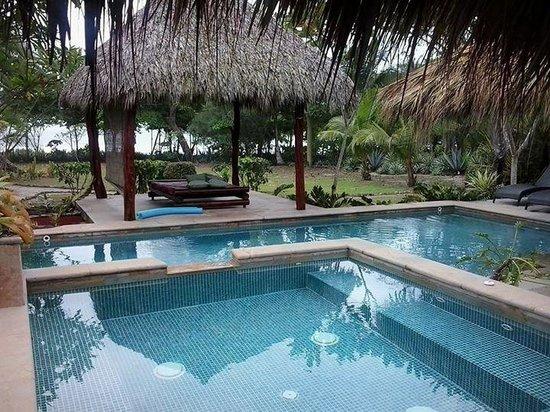 Mariposa Vacation Homes : casa yin yang