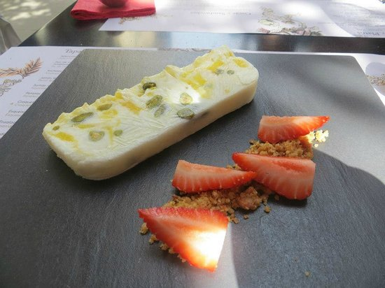 Elsa y Fred: Terrine of yogurt with mango and oranges