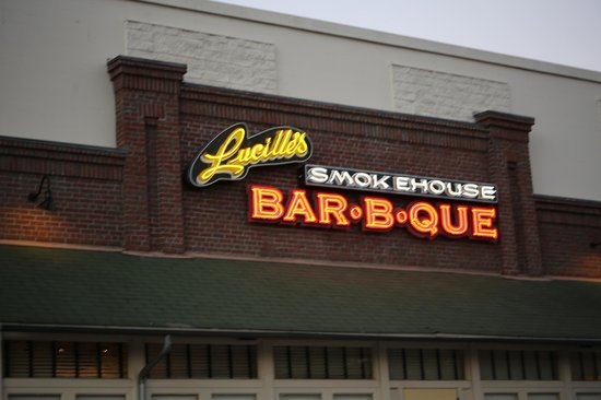Lucille's Smokehouse BBQ: Lucille's Smoke House Barbque, Torrance, CA
