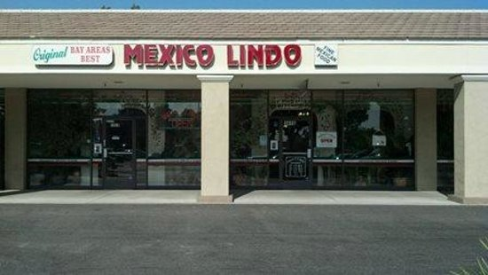 Mexico Lindo Restaurant: The outside