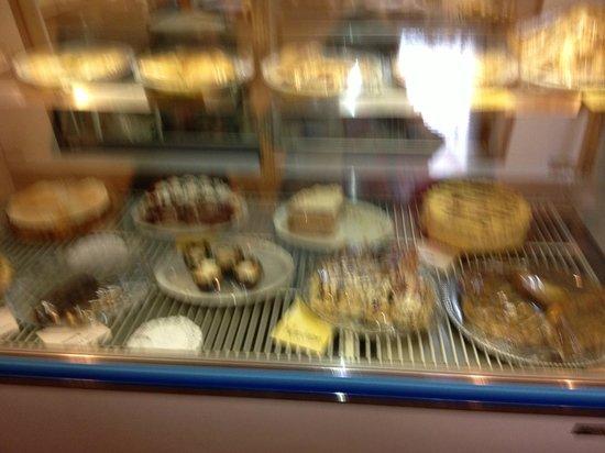 Glenwood Springs Inn : pasteles bavaros al lado del hotel en rosie's