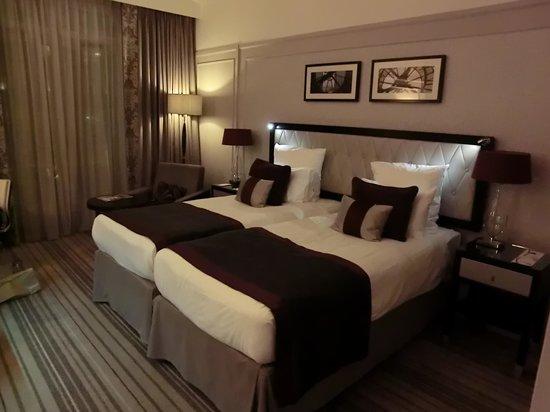 Paris Marriott Opera Ambassador Hotel: 部屋