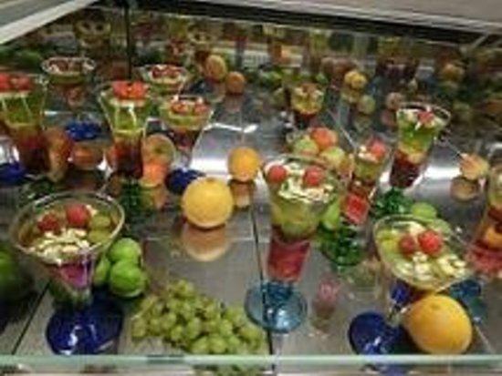 Wit Stwosz: フルーツいっぱい