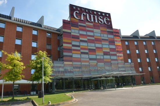 Hotel Cruise : Вид на отель