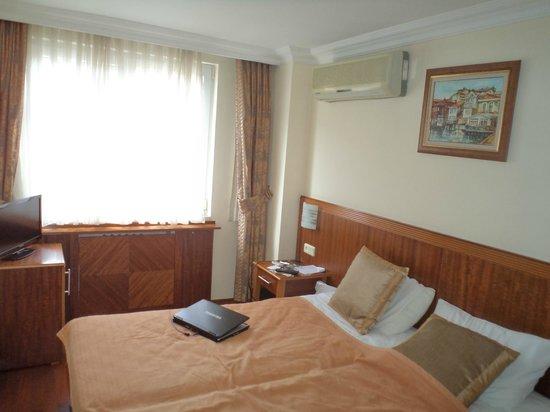 Hotel Centrum Istanbul : номер
