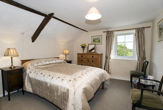 Combeshead Farm B&B: One of the bedrooms at Combeshead farm on Exmoor