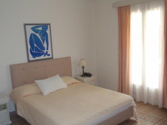 Porto Naxos Hotel : Habitacion