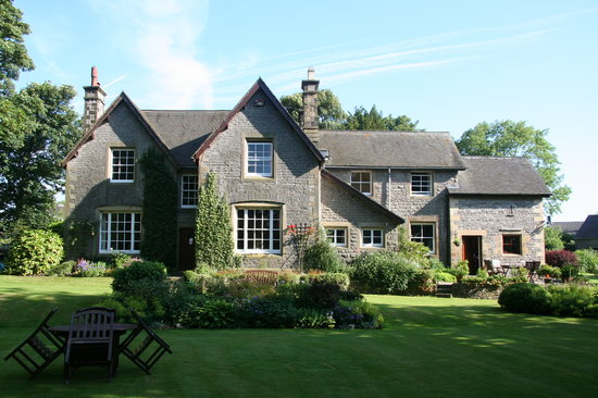 The Old Vicarage Country House Bed & Breakfast: Over an acre of landscaped gardens