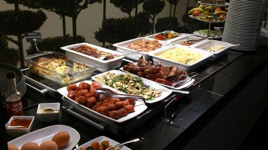 Bohem Art Hotel: Choices of breakfast