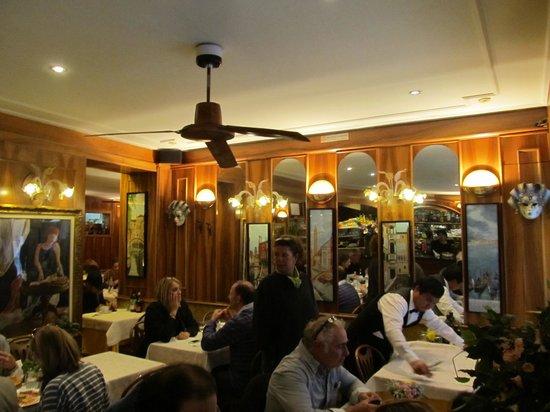 Restaurant Pizza Da Celio: Attractive seating area