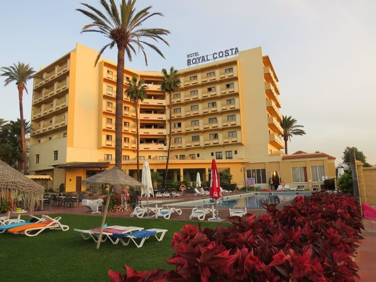 Royal Costa Hotel: the hotel