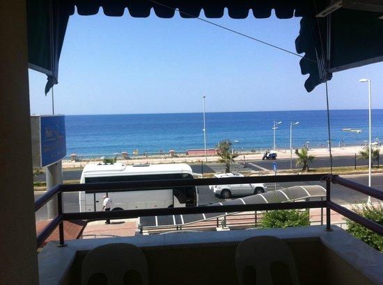 Galaxy Beach Hotel: Вид из номера на море