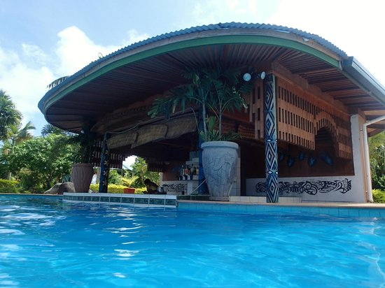 Amoa Resort : Swim up bar