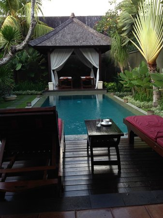 The Ulin Villas & Spa: View to the pool and massage bale