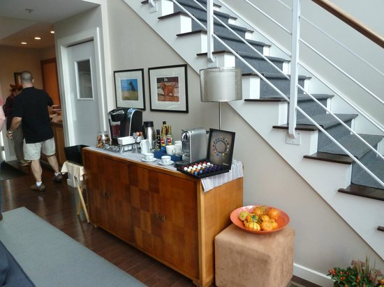 8 Dyer Hotel: coffee corner (see those nespresso capsules?)
