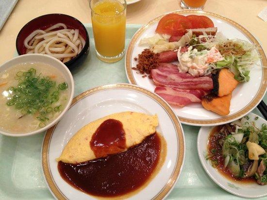 The Crown Plalace Hotel New Hankyu Kochi: 朝食