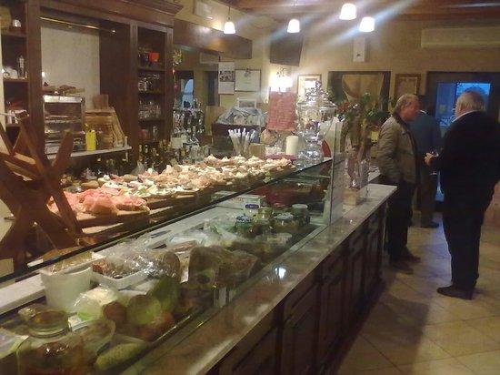 Brugnera, Italie: Caricati....i crostini.