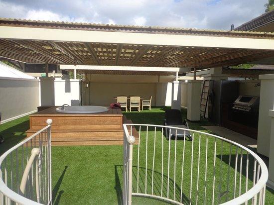 Pullman Palm Cove Sea Temple Resort & Spa : Rooftop area