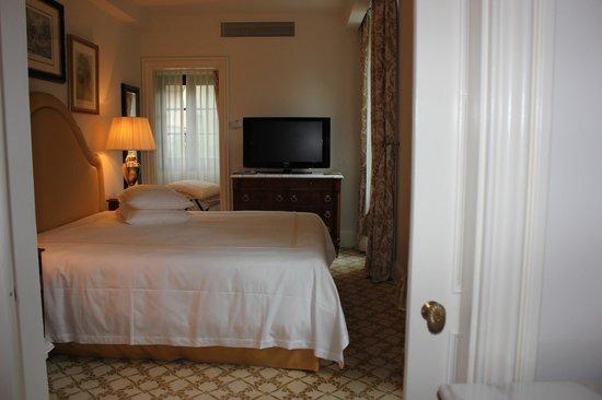 Four Seasons Hotel Firenze : The Room