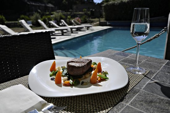 Stocks Hotel: Pool Lunch