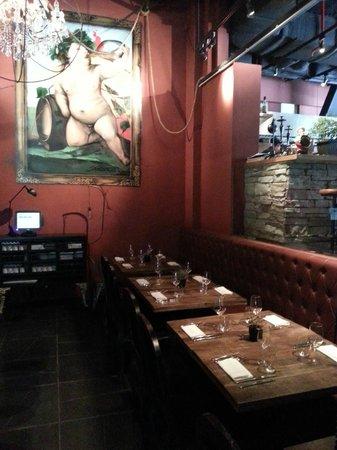 Bar-Roque Grill: Cherub