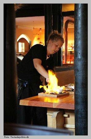 Svaneke Bryghus: Flambering af Oksekød