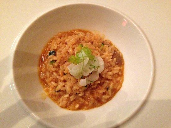 Restaurante Marqués de Riscal: arroz muy cremoso de verduras, tallarines de sepia y setas