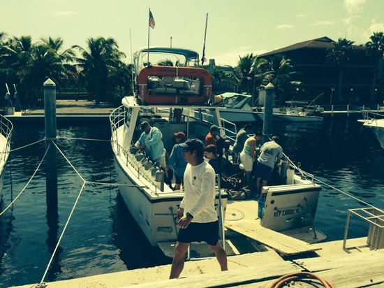 Captain Slate's SCUBA Adventures: Dive Master Z in front of the boat