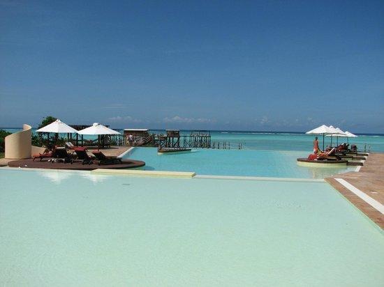 Essque Zalu Zanzibar: The pristine seawater pool facing the beach