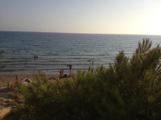 H10 Mediterranean Village : Пляж отеля