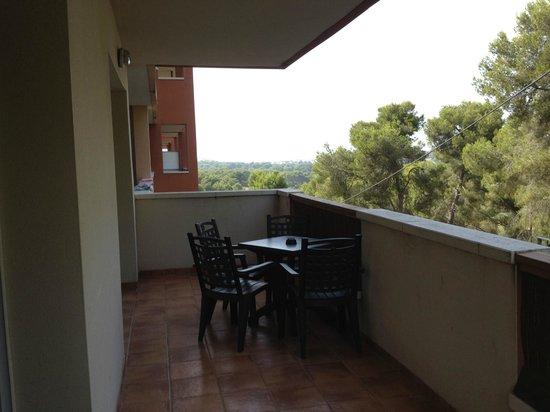 H10 Mediterranean Village : Лоджия апартаментов
