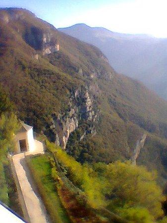 Santuario Madonna della Corona: high up in the heavens