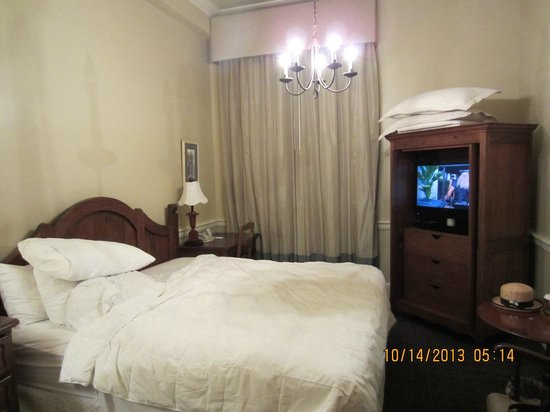 Hotel Provincial: My room