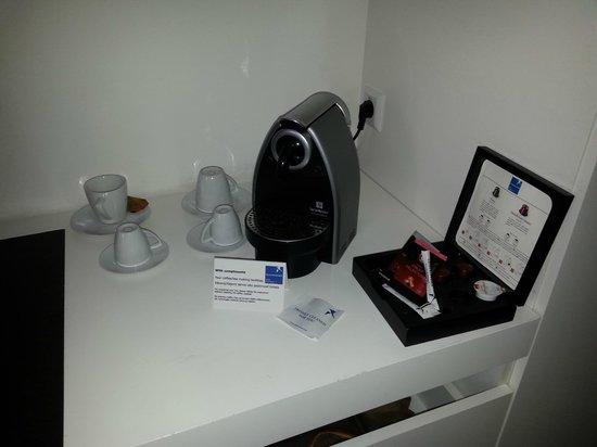 Falkensteiner Hotel Bratislava: Caffè sempre a disposizione!