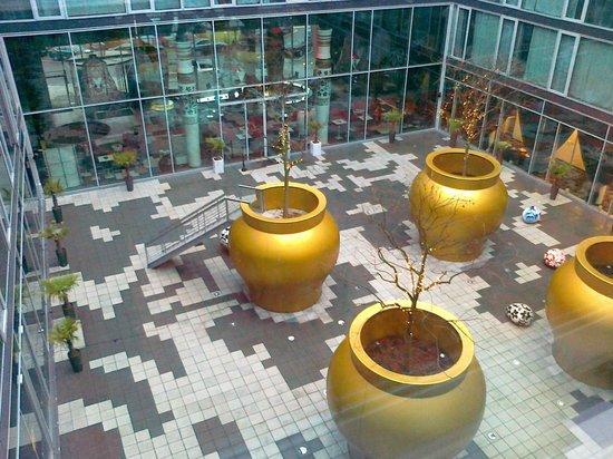 Kameha Grand: Внутренний дворик