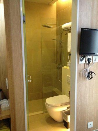 Hotel Pandora: BathRoom